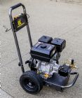 15hp BE Power Ease Petrol Engine High Pressure Washer |AR 4060psi | 15 L|Min Pump | Recoil Start | Image 3