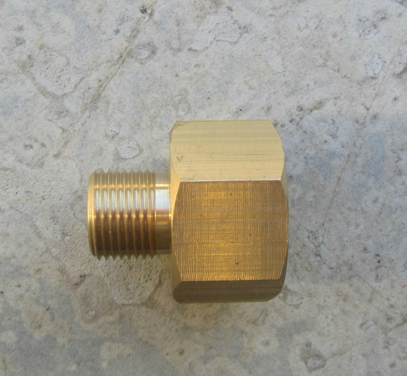 3|8 BSP M - 3|4 F Pump Inlet Garden Hose Connection Fitting