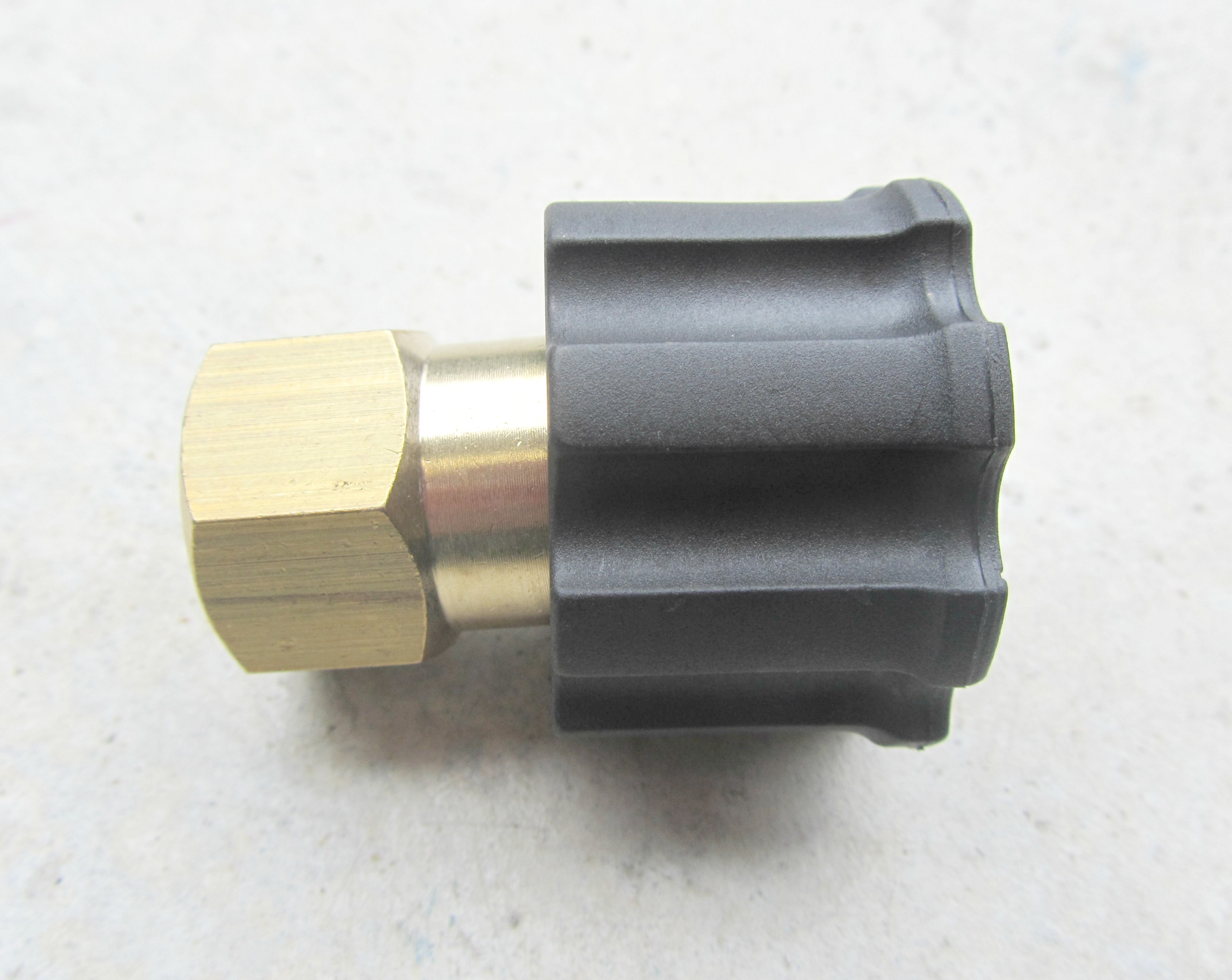 M22 F - 3|8 BSP F High Pressure Hose Fitting