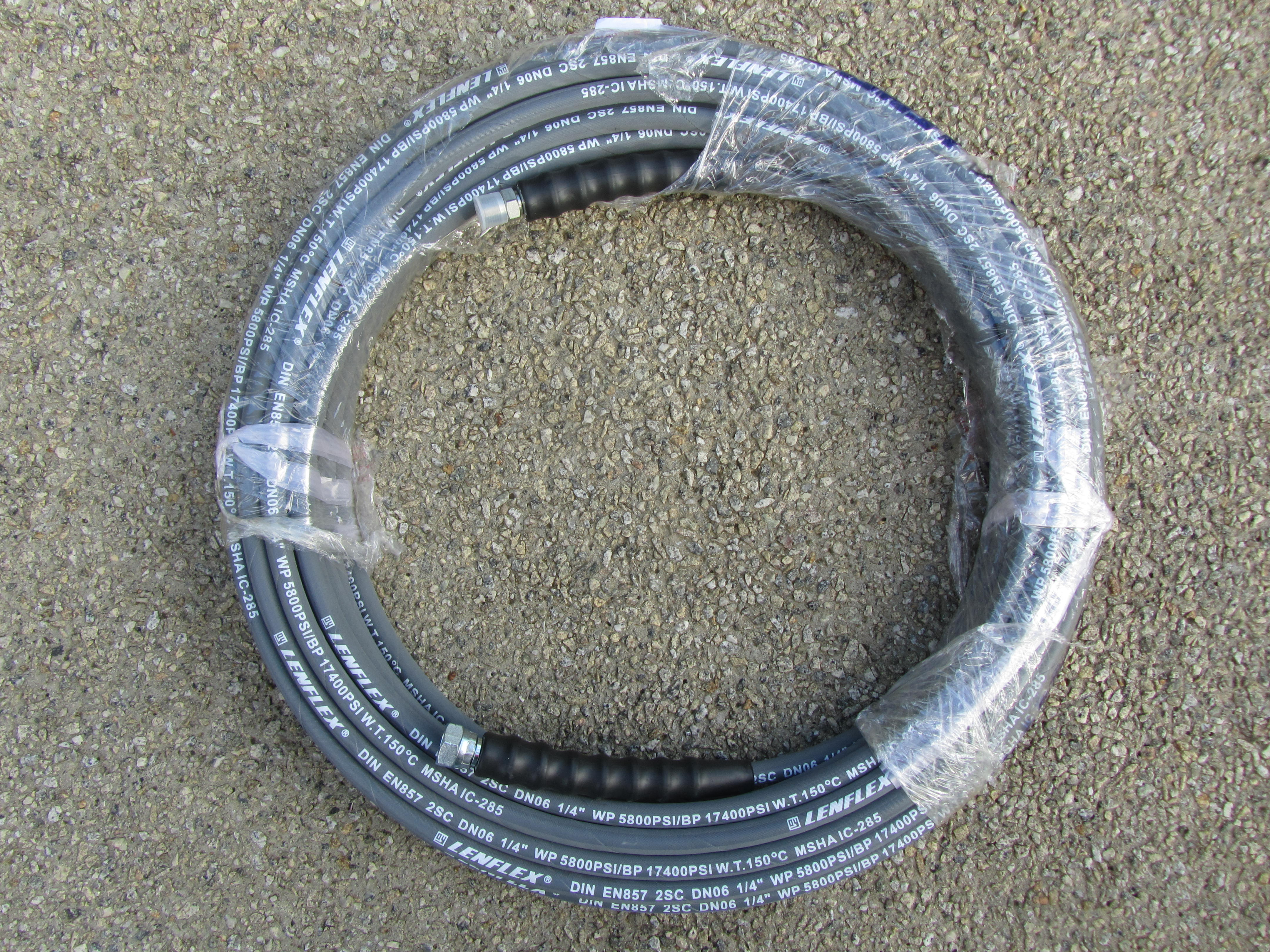 20 Metre 1|4 Inch 5800psi Grey 2 Wire Low Marking M & F