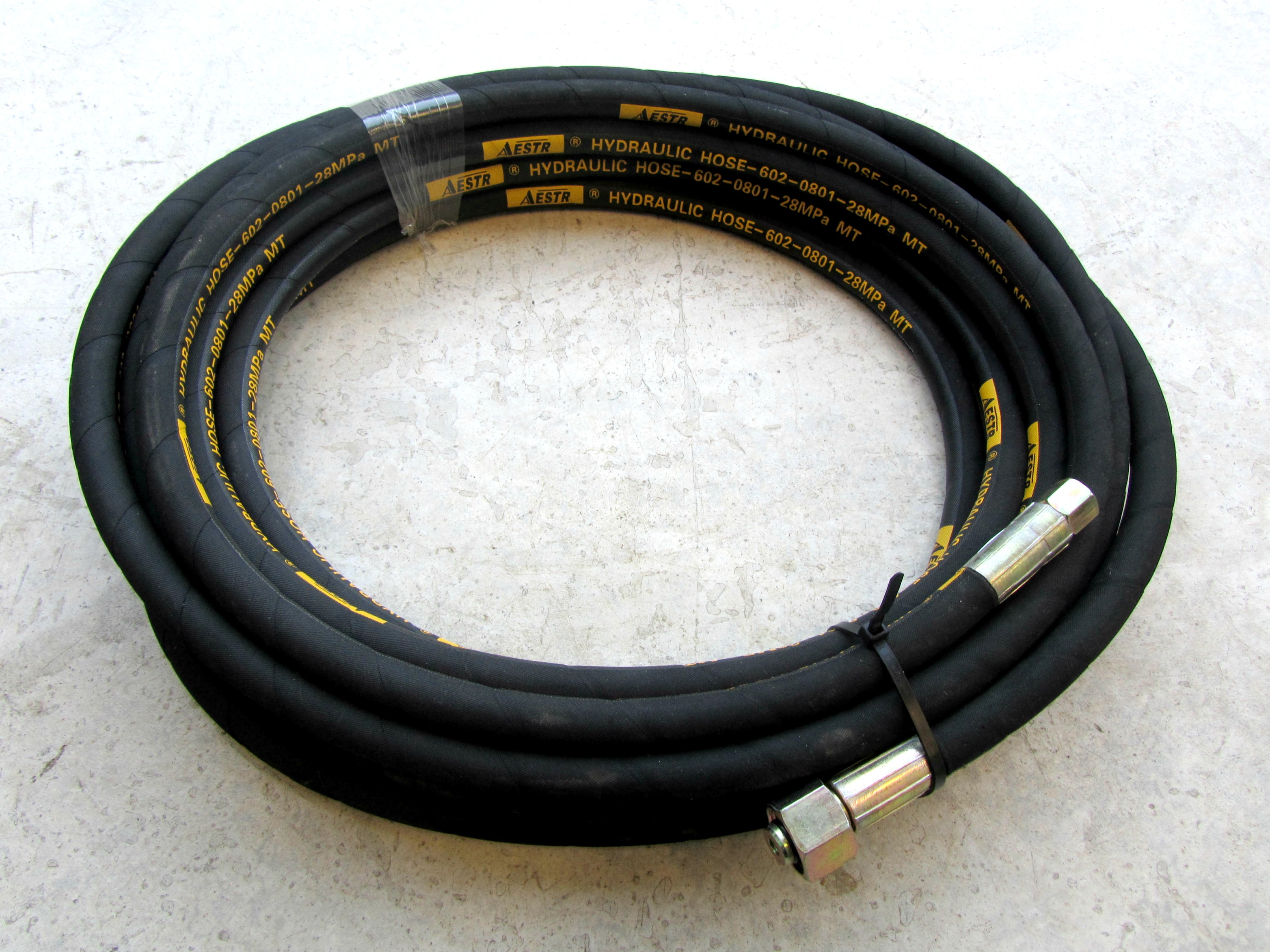 10 Metre Aestr Single Steel Braided High Pressure Hose with 14mm & 22mm Screw Connection Fittings