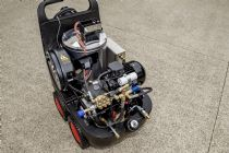 MAER  DROP 120 | 11  | HOT Water High Pressure Washer Cleaner  | 1750psi | 11 L|Min | 2.2Kw Electric | Image 5